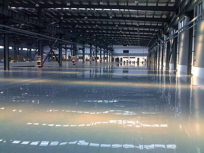 环氧树脂防静电自流平地坪涂装